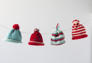 Holiday-Hat_Garland_on_Creativebug